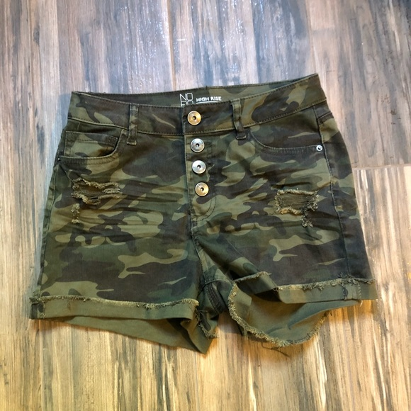 No Boundaries Pants - NOBO | NWOT High Waist Camo Shorts